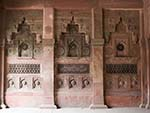Internal carved red sandstone reliefs of the Jahangir Mahal